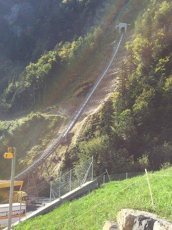 Stoos, Switzerland: Schienen der Stossbahn