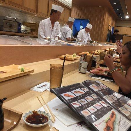 Katsumidori Sushi: photo0.jpg