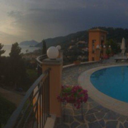 Dina's Paradise Hotel & Apartments: photo2.jpg