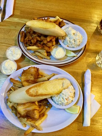 Hammond, Орегон: Halibut fish & chips & clam strips