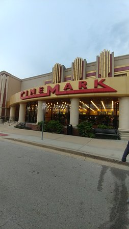 Cinemark Seven Bridges and IMAX