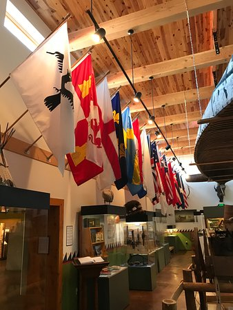 Chadron, Небраска: Flags of all the countries that had been involved in American fur trade