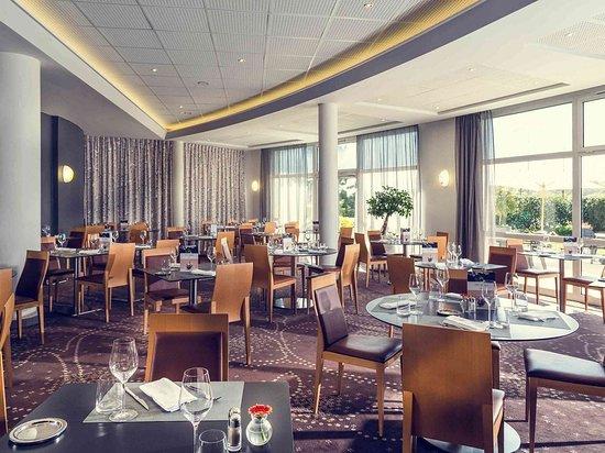 Lacroix Saint Ouen, France: Restaurant