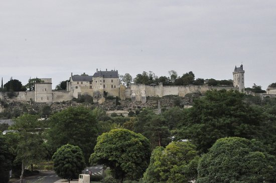 Ibis Styles Chinon: Château de Chinon with the town at the base of the cliff, as seen from Ibis Styles