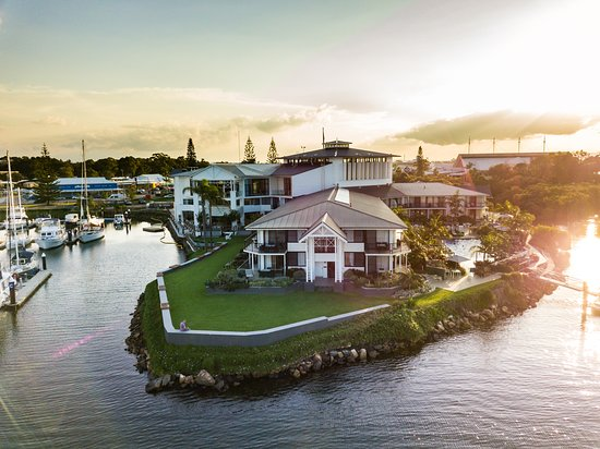 Sails Port Macquarie by Rydges