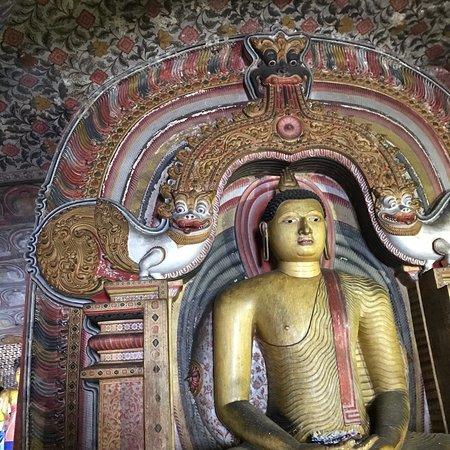 Temple d'Or de Dambulla : photo3.jpg