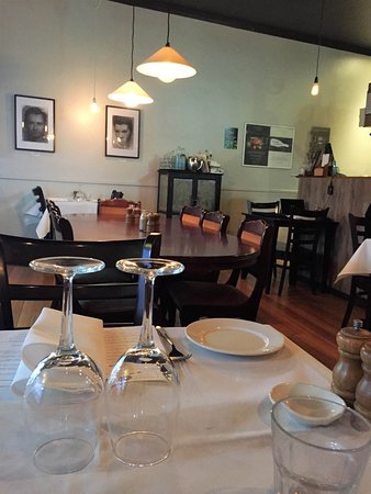 Burwood, أستراليا: Tables