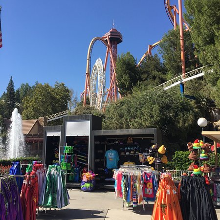 Six Flags Magic Mountain Photo