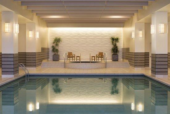 Edina, MN: Pool