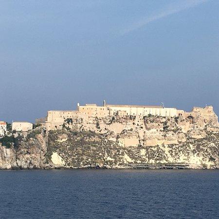 Castello Angioino: photo5.jpg