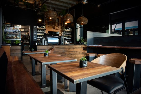 The intimate industrial chic' interior