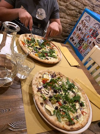 Montottone, อิตาลี: Pizza Italia