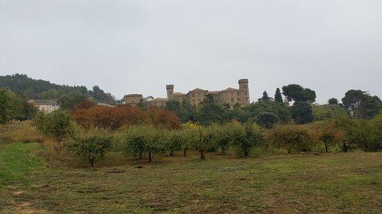 Finca Palacio de la Condesa de la Vega asentada en el pueblo de Dicastillo, zona media de Navarr