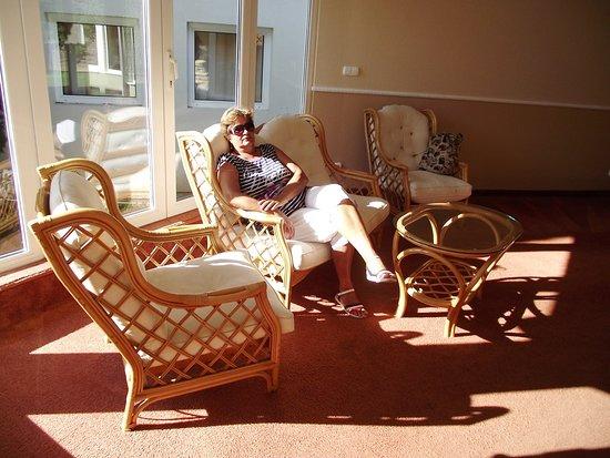 Balatonszarszo, Hongaria: kényelmesek a bútorok