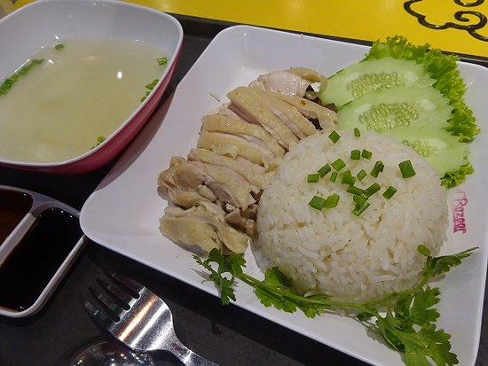 Food Haven at Jungceylon Mall: カオマンガイ100バーツ
