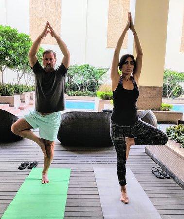 Clase De Yoga En Terraza De Piscina Picture Of Jaipur