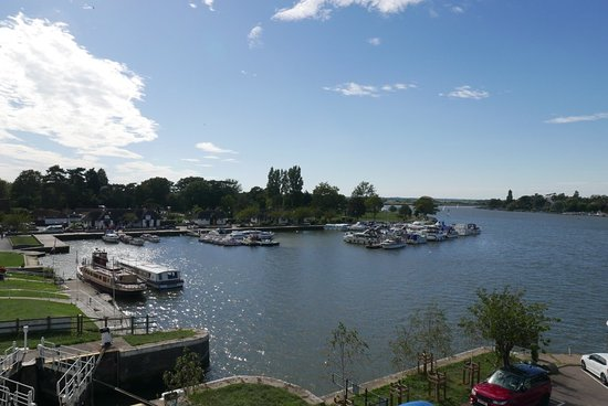 Oulton Broad, UK: My room, balcony view & the hotel Pictures Michael Webb
