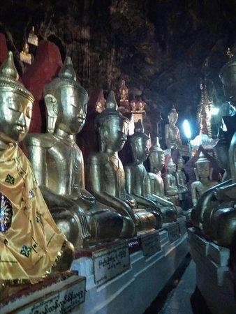 Pindaya, Burma: Interior de la cueva