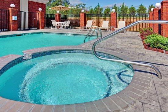 McComb, MS: Pool