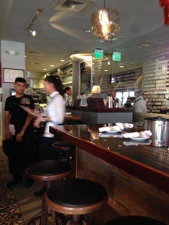 Brasserie Central: Parte interna do restaurante