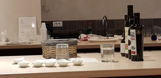 Museum Olei Histriae: tasting set up for the top end tasting experience