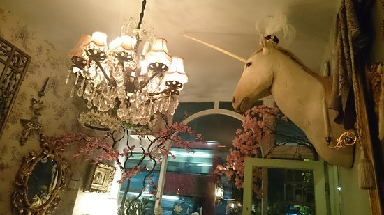 Poppy's: Eclectic surroundings of crystal and taxidermy