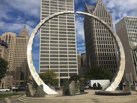 Michigan Labor Legacy Monument