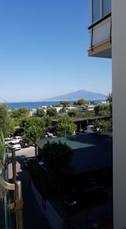 Comfort Hotel Gardenia Sorrento Coast: View from hotel room towards Vesuvius