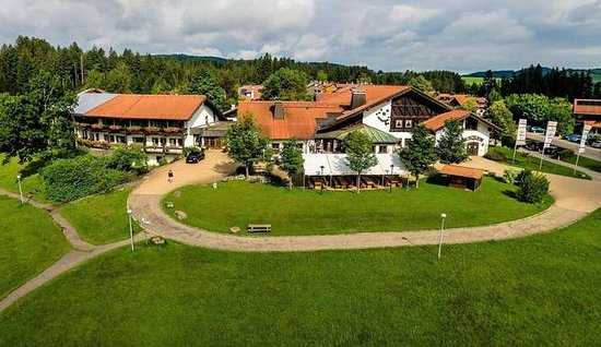 Buchenberg, Niemcy: The hotel is situated in beautiful surroundings.