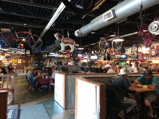 The Knuckle Saloon: Inside dining room