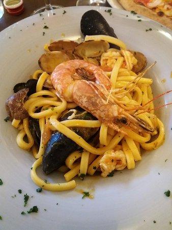 Carate Urio, Italy: 20180718_203444_large.jpg