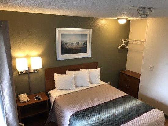 Maple Shade, NJ : Bedroom