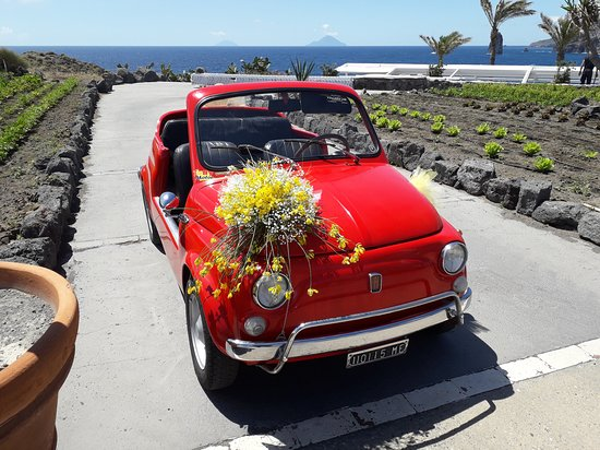 Vulcano, Italien: 500 jolly  al matrimonio