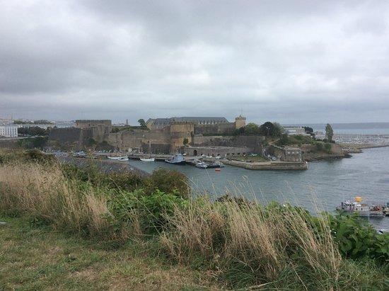Jardin des Explorateurs : Le port militaire