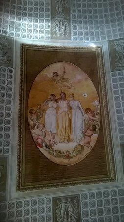 Monastero dei Benedettini: il soffitto della sala del rettore.