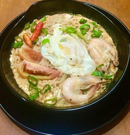 Racha Cha Thai Tea And Thai Fusion Food