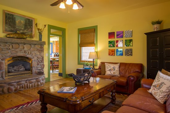 Cottonwood Meadow Lodge: The Farmhouse living room. Historic home recently restored.