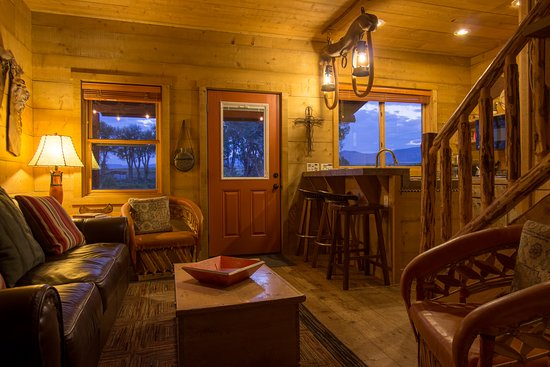 Cottonwood Meadow Lodge: The Barn's downstairs living room.