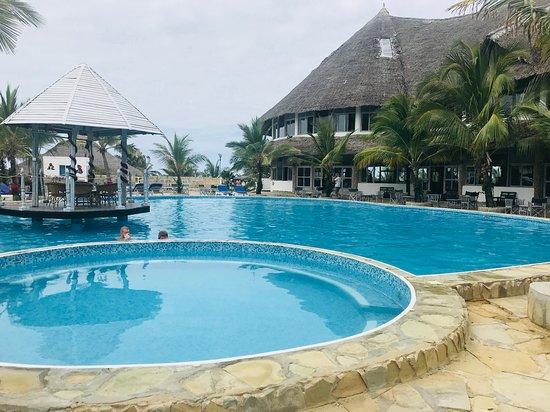 Jacaranda Beach Resort, hôtels à Watamu
