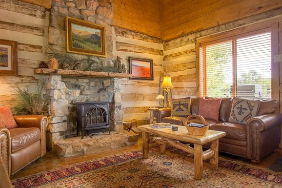 Cottonwood Meadow Lodge: The Log Cabin's downstairs living room.
