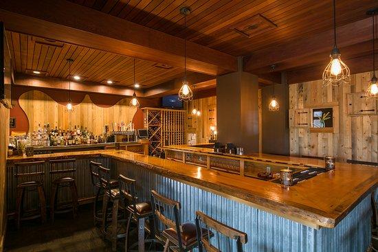 Carrabassett Valley, ME: The 45 North bar.