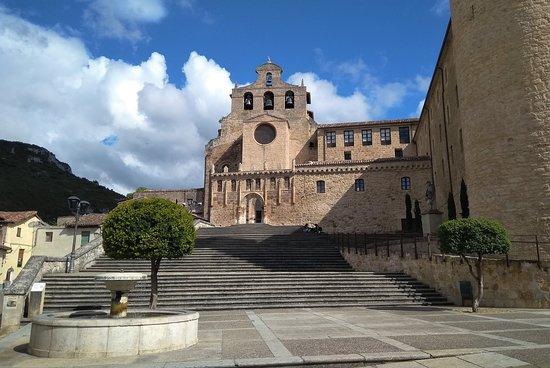 Ona, إسبانيا: Iglesia de San Salvador