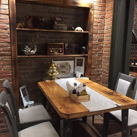 Restaurant Rosa e Tymosur-Villa Borana