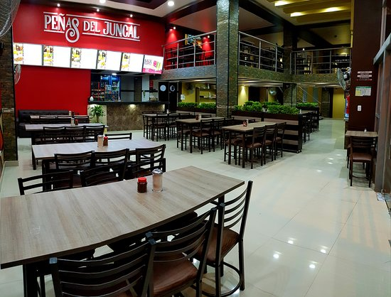 Ambuqui, Ecuador: Lugar amplio y cómodo para degustar de lo mejor de la gastronomía Ecuatoriana
