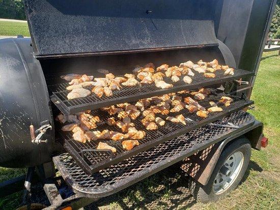 Sugar Grove, OH: Smoked meats!