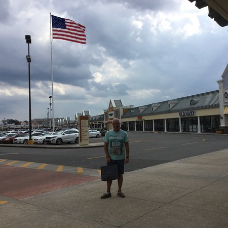 Tanger Outlets Gonzales - 2019 All You Need to Know BEFORE