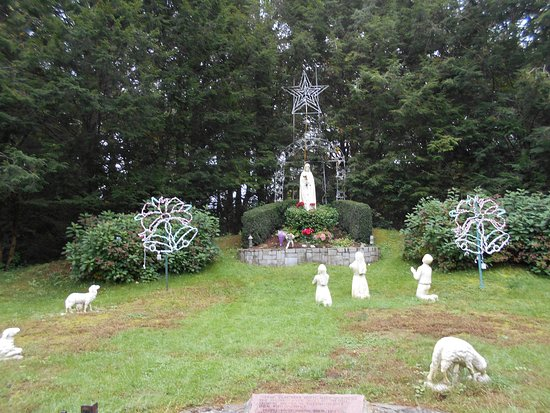 Holliston, MA: Mary appearing to children in Portugal: Our Lady of Fatima