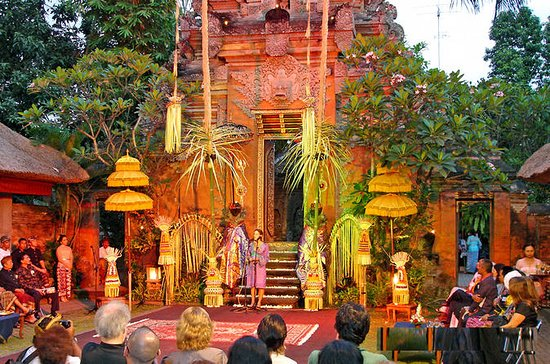 Cosmo Bali Pakketurer: Yeh Pulu tempel...