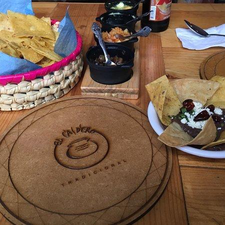 Restaurante El Caldero: Me encanta comer aquí, excelente sazón y me encanta probar diferentes caldos en esta ocasión sop