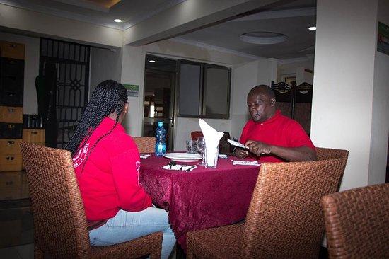 Bungoma, Kenya: Wanakhatandi Restaurant